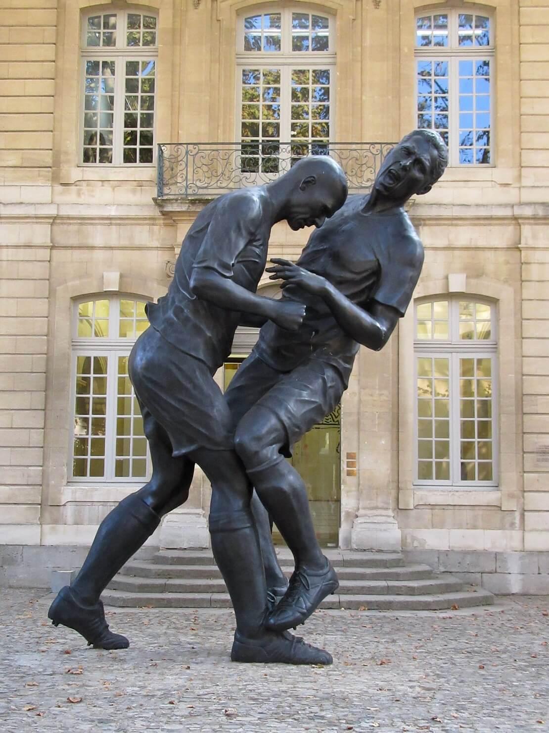 Zidanes Kopfstoß statuiert