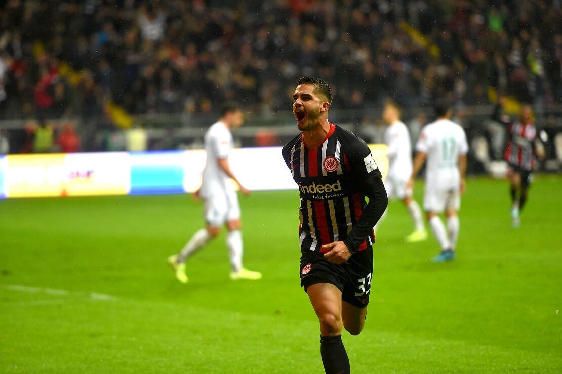 Andre Silva von Eintracht Frankfurt bejubelt ein Tor