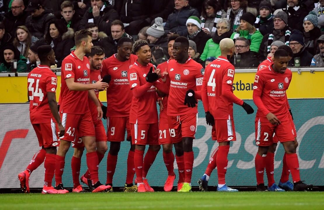 Die Spieler von Mainz 05 bejubeln ein Tor