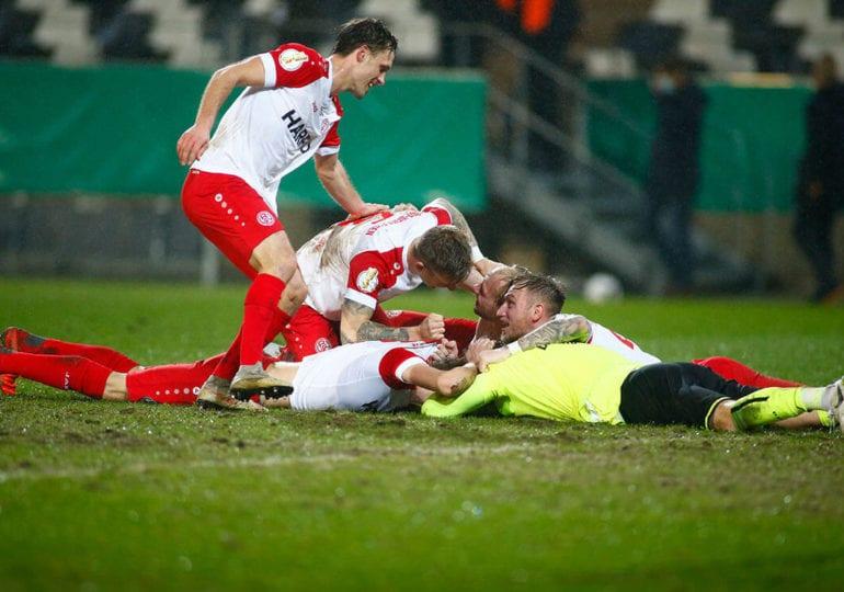 Essen und Regensburg schreiben Geschichte – DFB Pokal Recap, Achtelfinale